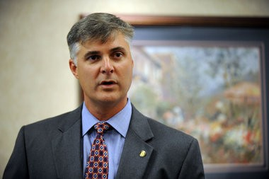 """Alabama Sen. Scott Beason, R-Gardendale, apologizes at a press conference at the Gardendale Civic Center on Tuesday Sept. 27, 2011, for using the word """"aborigine"""" to describe people at Greenetrack. (The Birmingham News/Tamika Moore)"""
