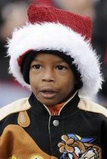 Jonah Winston watches the Hueytown Christmas parade in 2010. (Joe Songer/jsonger@al.com).