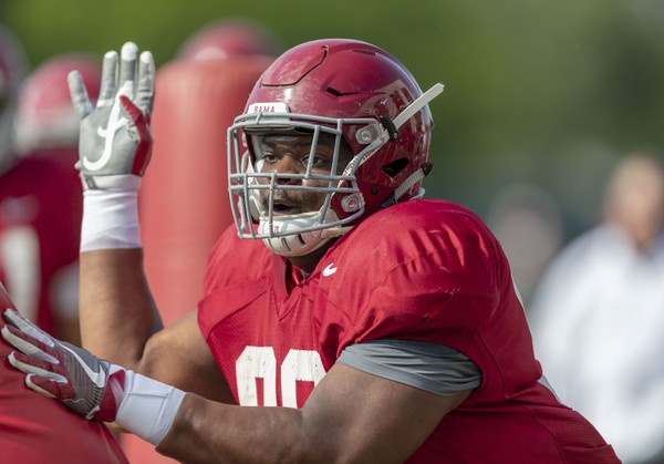 Alabama freshman defensive linemen Stephon Wynn has been dealing with a ligament strain since early August.