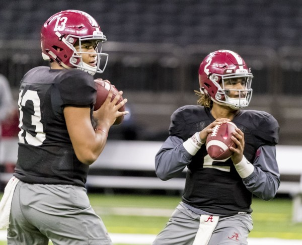 Alabama quarterback Tua Tagovailoa (13) and Alabama quarterback Jalen Hurts  (2) drill d07fd6f19