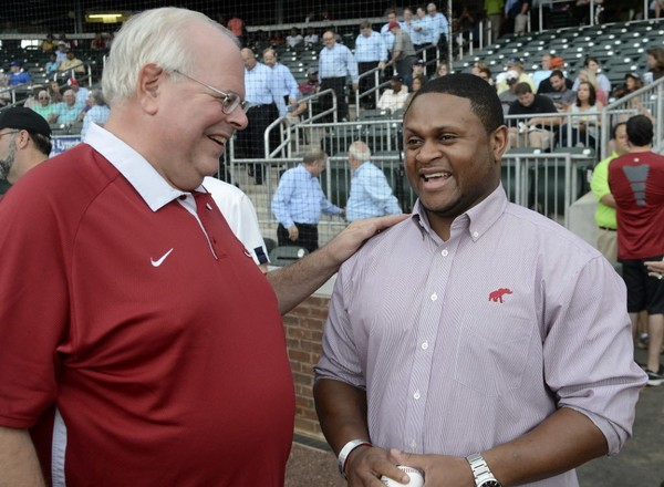 Eli Gold is entering his 30th year calling Alabama football games.