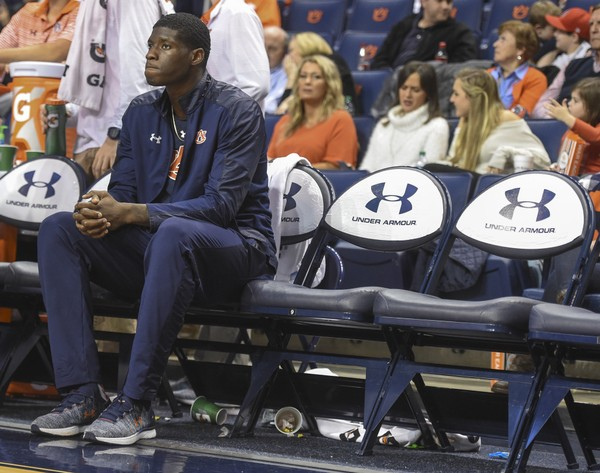 Auburn forward Danjel Purifoy (3) on the bench during the second half against UAB on Dec. 9, 2017, at Auburn Arena in Auburn, Ala.