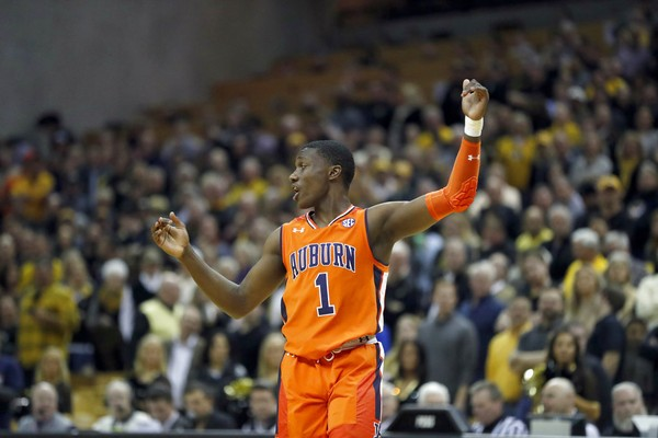 Auburn's Jared Harper is seen during the first half of an NCAA college basketball game against Missouri Wednesday, Jan. 24, 2018, in Columbia, Mo. (AP Photo/Jeff Roberson)