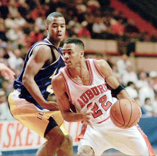 Former Auburn guard Wes Flanigan, who played for the Tigers from 1993-97, is joining Bruce Pearl's coaching staff.