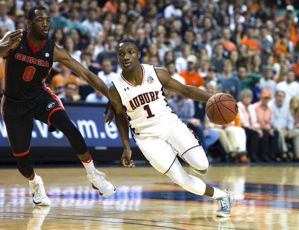 Auburn point guard Jared Harper is entering the NBA Draft but not hiring an agent.
