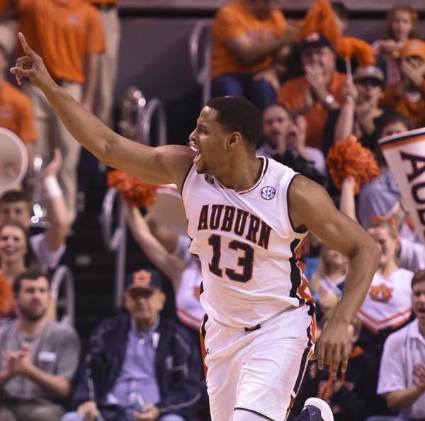 Auburn forward Desean Murray (13) celebrates a score over UCONN Saturday, Dec. 23, 2017, during an NCAA basketball game at Auburn Area in Auburn, Ala.