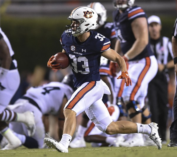 Auburn receiver Will Hastings (33) runs with the ball against Georgia Southern Sept. 2, 2017 during the first half at Jordan-Hare Stadium in Auburn, Ala.