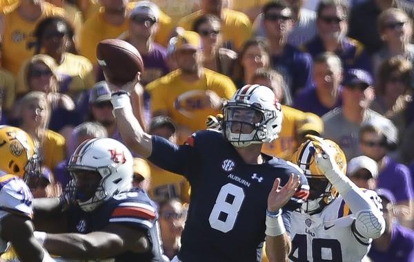 Auburn quarterback Jarrett Stidham (8) passes the ball against LSU during the first half Saturday, Oct. 14, 2017, at Tiger Stadium in Baton Rouge, La.