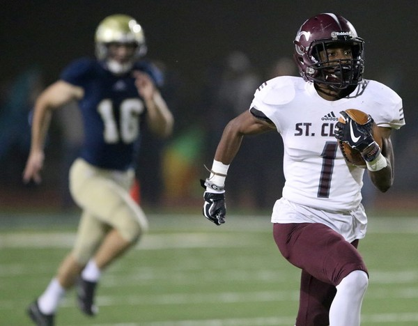 Former St. Clair County wide receiver Ja'Varrius Johnson committed to Auburn on Friday.