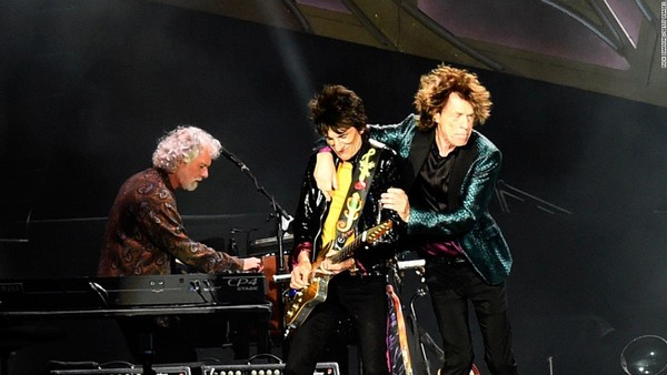 Chuck Leavell, left, Ron Wood and Mick Jagger perform with The Rolling Stones in 2015. (Courtesy Rick Diamond, Getty Images)