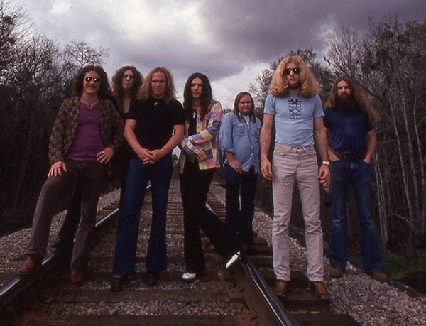 Lynyrd Skynyrd in 1975. Guitarist Ed King is third from right. (Courtesy Jim McCreary)