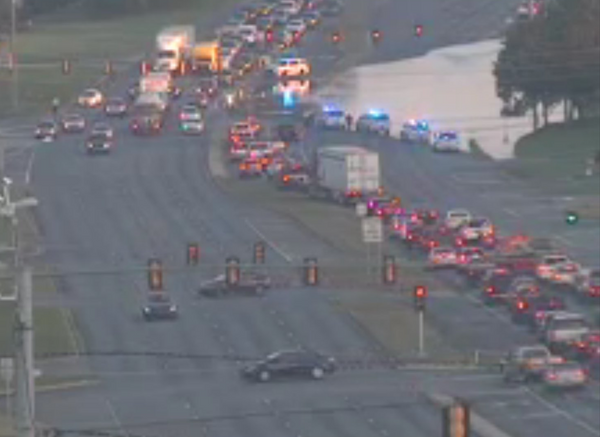 A water main break on Highway 280 shut down the westbound lanes near Greenhill Parkway in Inverness and caused traffic Wednesday morning (Better 280)