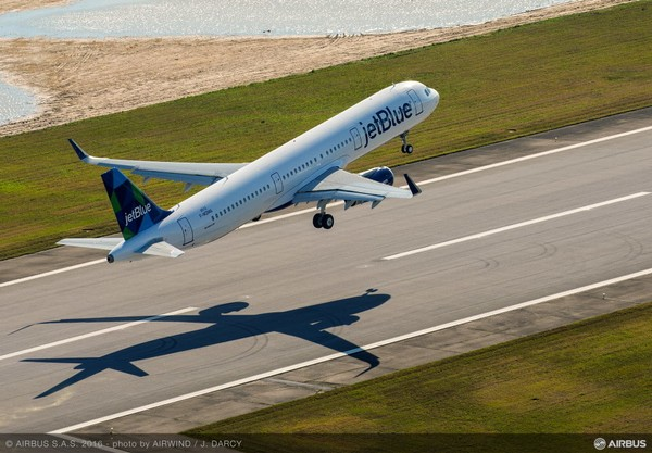 The first Mobile-made Airbus A321 is shown taking off on from Downtown Mobile Airport on its first flight in March 2016. (Airbus)