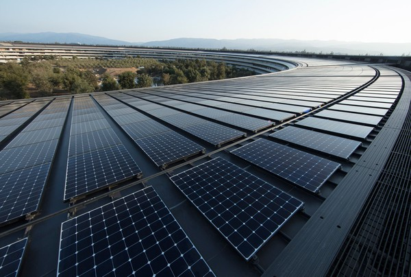 Apple's new headquarters in Cupertino, Calif. is powered by 100 percent renewable energy, in part from a 17-megawatt onsite rooftop solar installation.
