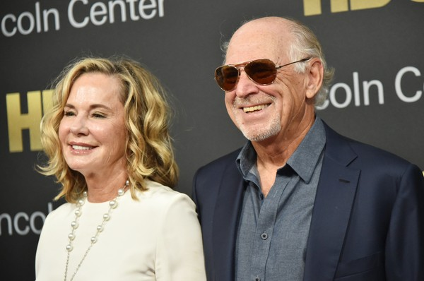 NEW YORK, NY - MAY 29: Musician Jimmy Buffett (R) and Jane Slagsvol attend Lincoln Center's American Songbook Gala at Alice Tully Hall on May 29, 2018 in New York City. (Photo by Mike Coppola/Getty Images for Lincoln Center)