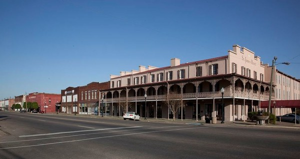 Selma's St. James Hotel. A new analysis shows the Dallas County town is one of the most economically depressed in America. (Contributed photo/Library of Congress)