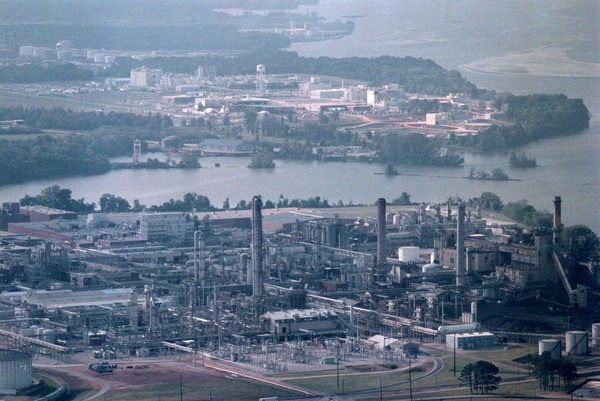 Chemical contamination has become a major concern near manufacturing facilities on the Tennessee River in and around Decatur, Ala. (Archive photo)