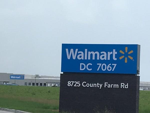 Mive Walmart center opening Aug. 14 in Mobile County - al.com on landscaping dothan al, landscaping madison al, landscaping maintenance auburn al,