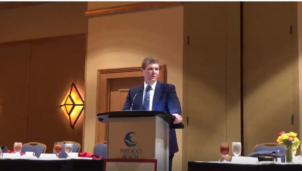 Alabama gubernatorial candidate Walt Maddox speaks to the Alabama Press Association on July 21, 2018. Maddox challenged incumbent Alabama governor Kay Ivey to four debates between now and November. (Maddox campaign video)