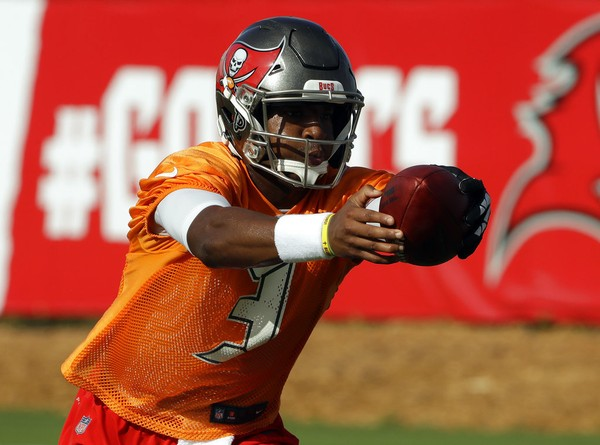 Tampa Bay Buccaneers quarterback Jameis Winston practices at training camp on Friday, July 27, 2018, in Tampa, Fla.