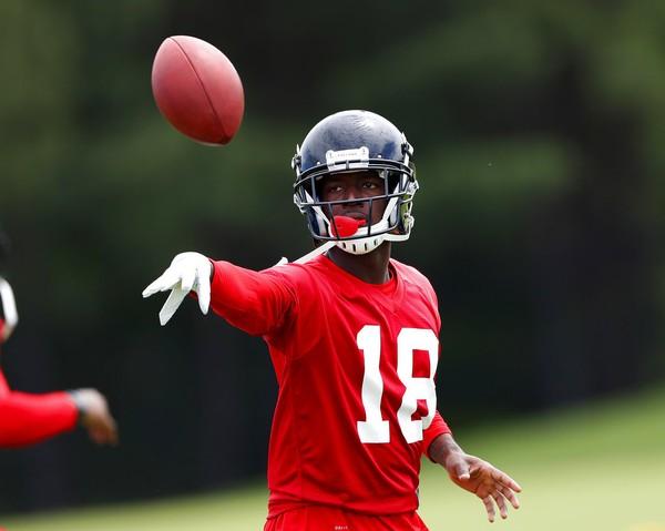 2cd8d43d1 Atlanta Falcons wide receiver Calvin Ridley runs drills during an practice  on June 5