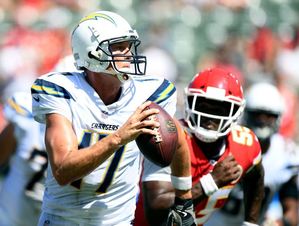Kansas City Chiefs outside linebacker Dee Ford zeroes in on Los Angeles Chargers quarterback Philip Rivers during an NFL game on Sept. 9, 2018, in Carson, Calif.