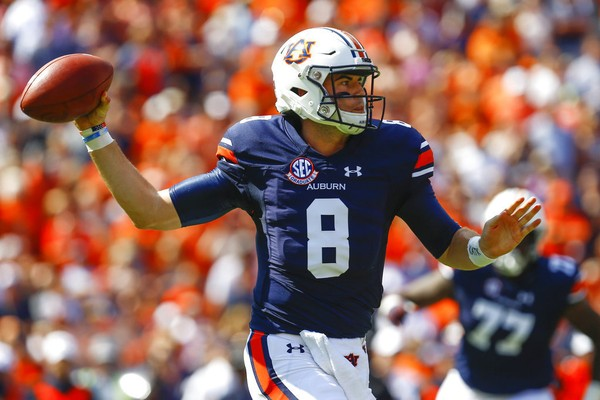 Auburn quarterback Jarrett Stidham (8) throws a pass during the first half  of an faa0b7c88