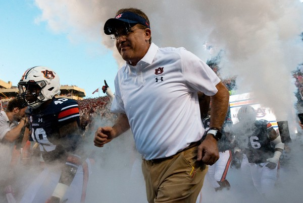 Often overlooked in the SEC conversation, coach Gus Malzahn and seventh-ranked Auburn have an opportunity to make a statement Saturday against No. 12 LSU.