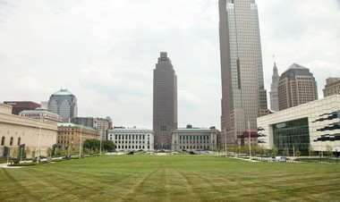 Timely intervention in the mid-1980s by then-Cleveland mayor George Voinovich ensured that the BP America tower aligned with the center line axis of the downtown Mall.