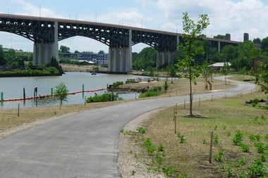 A view looking south along the new Scranton/Flats trail.
