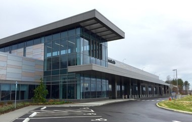 MetroHealth's new Brecksville facility, designed by CBLH and Perspectus, indicates the county health system's new direction in design, which could bode well for the transformation of its main campus in Cleveland.