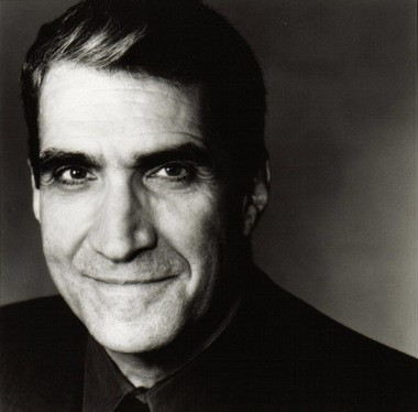 Poet and former U.S. Poet Laureate Robert Pinsky comes to the Ohio Theatre for Writers Center Stage on April 8, during National Poetry Month.