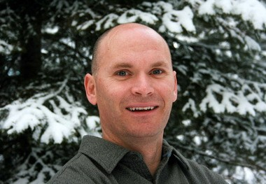 "Anthony Doerr won the 2015 Ohioana Book Award for Fiction for his Pulitzer Prize-winning novel, ""All the Light We Cannot See."""