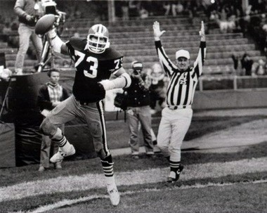 091130eac68 Doug Dieken and the Browns didn t have many reasons to celebrate against  the Steelers