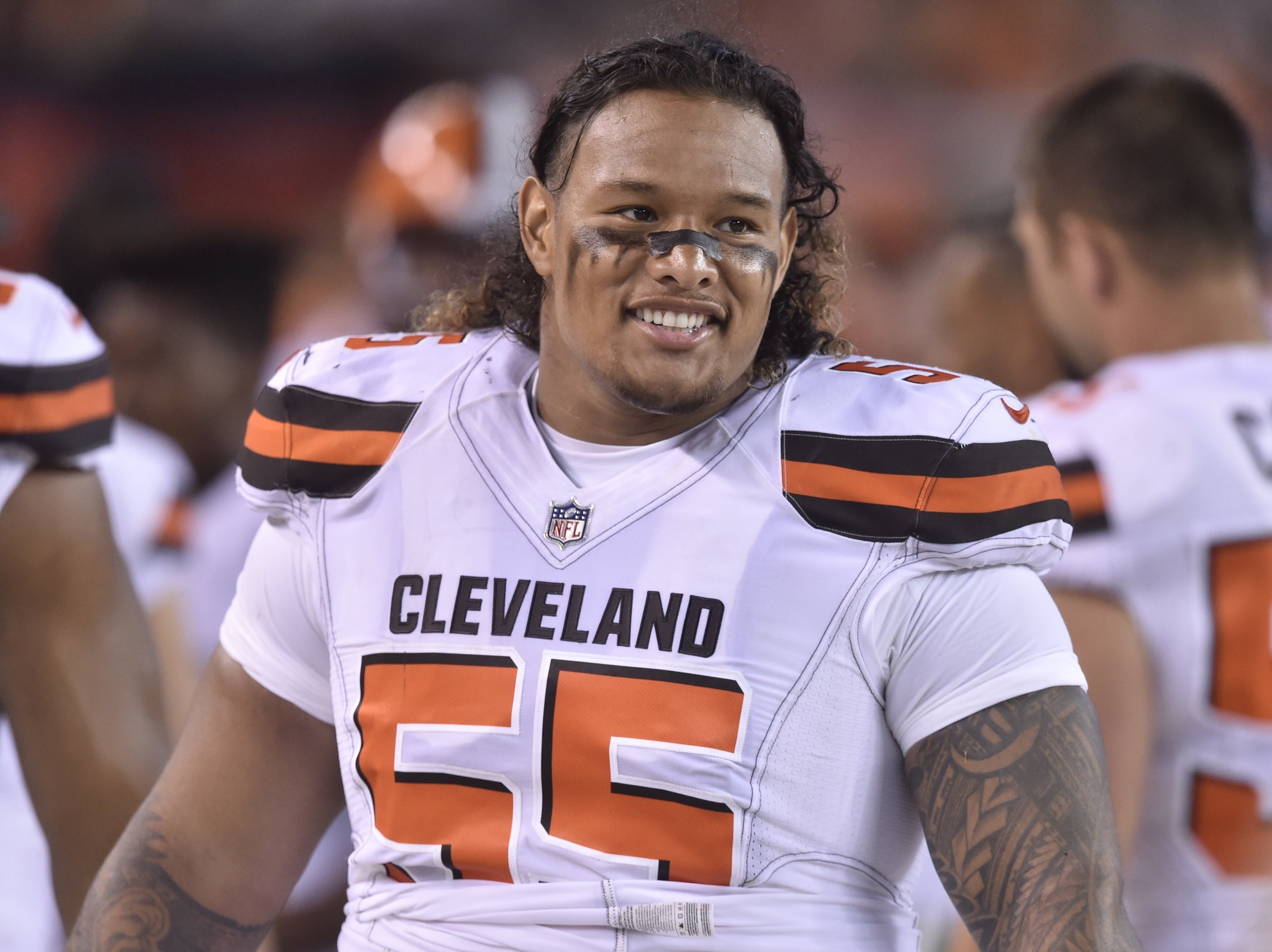 Browns trade Danny Shelton to Patriots, giving up '18 5th rounder ...