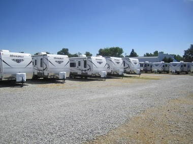 Towables, which now account for about 90 percent of the RV market nationwide, cost between $8,000 and $100,000, with an average price of $32,000, according to RVIA. Before the recession, towables accounted for 8 out of 10 new RV's shipped.
