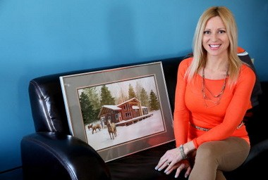 Jennifer Kubic went from being a TV reporter to running a Pennsylvania inn and horse farm, pictured in the painting at left.