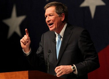 Political experts say they're not surprised that Gov. John Kasich has faced criticism from his own party, as well as Democrats. The barbs from the right could actually strengthen him on the left, they say.