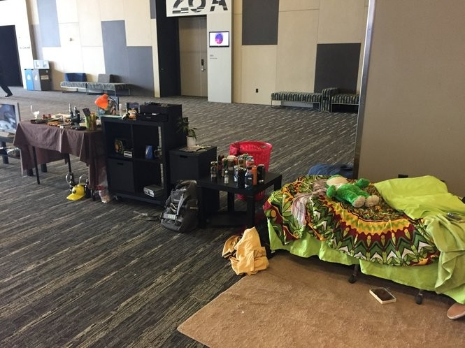 A traveling exhibit of the bedroom of a teenager includes numerous items that could indicate risky behavior.