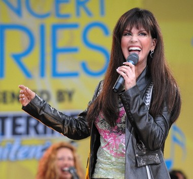 "Cast members of ""The Young and the Restless"" will share secrets from the show on a special episode of ""Marie"" with Marie Osmond that celebrates the soap opera's 40th anniversary."