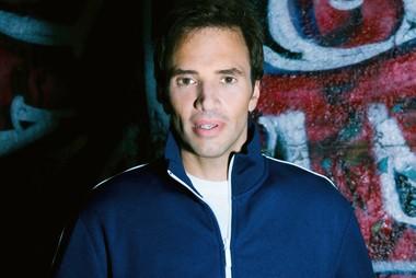 Comedian Paul Mecurio, not dancer Paul Mercurio