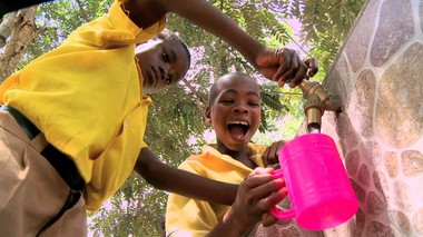 "The documentary ""Slingshot,"" directed by Paul Lazarus, looked at the innovations of inventor Dean Kamen, including a water-purification breakthrough. A new purification system being piloted in Senegal promises to expand the availability of clean water in the developing world. (Courtesy of Chagrin Documentary Film Festival)"
