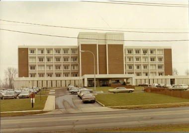Hillcrest Hospital celebrates its 50th anniversary, recalls