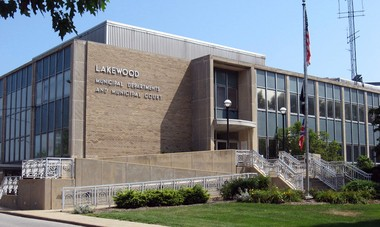 The city of Lakewood plans to offer health benefits to same-sex domestic partners beginning in 2014.
