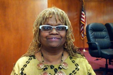 Linette Eady, chairwoman of the Lake Shore Towers tenants organization, is encouraging the city to do more to help apartment renters facing bed bug problems. She spoke to City Council Monday night.