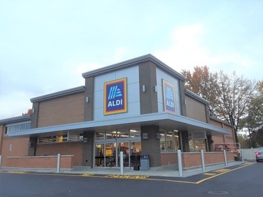 The newly remodeled ALDI store.
