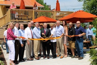 A community project gets a community ribbon cutting at Spokes of Medina.