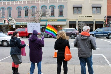Dozens of drivers on Court Street tooted their support as they drove past the progressive sit-in on the Medina Square yesterday.