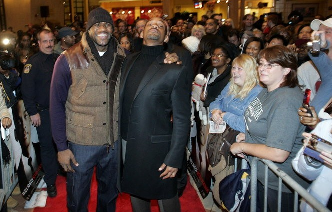 """Will Smith stretches to the heights of LeBron James at a special screening of """"Seven Pounds"""" at Cinemark Valley View in 2008. Earlier that day, Smith stopped by The Plain Dealer for a lengthy interview. He is a fascinating guy."""
