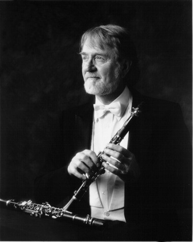 Clarinetist and longtime former Cleveland Orchestra member Theodore Johnson plans to help lead an unusually large-scale symposium for student clarinetists Saturday in Medina.